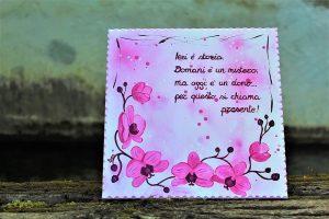 targhetta-legno-moderna-dipinta-a-mano-orchidee-rosa