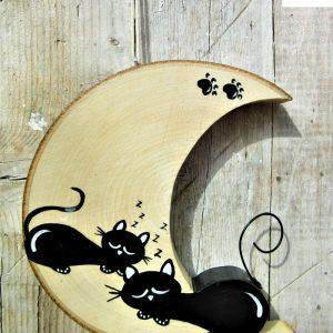 luna-in-legno-coppia-gatti-che-dormono-fronte