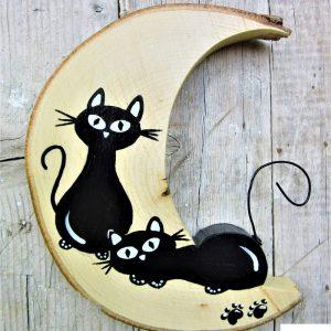 luna-in-legno-coppia-gatto-disteso-gatto-seduto-fronte