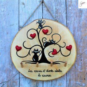 appendi-chiavi-legno-dipinto-a-mano-albero-della-vita-gatti