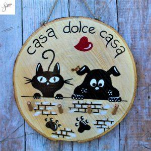 appendi-chiavi-legno-dipinto-a-mano-casa-dolce-casa-cane-gatto-muretto