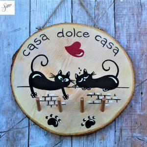 appendi-chiavi-legno-dipinto-a-mano-coppia-gatti-sul-muretto