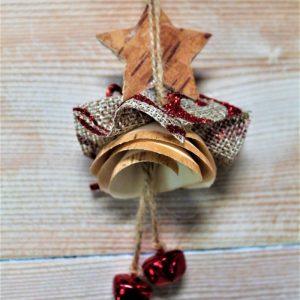 folletto-natalizio-truciolo-legno-rosso-retro