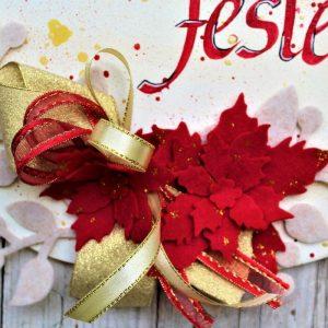 targhetta-legno-dipinta-a-mano-fiori-panno-lenci-buone-feste-rosso-dettaglio