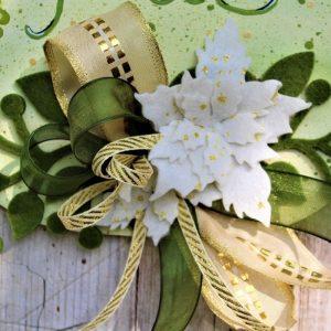 targhetta-legno-dipinta-a-mano-fiori-panno-lenci-buone-feste-verde-dettaglio