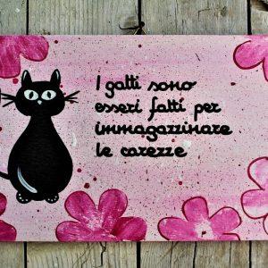 targhetta-legno-dipinta-a-mano-fiori-rosa-gatto-13x25cm2