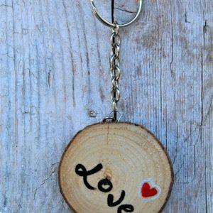 portachiavi-legno-dipinto-a-mano-cuore-rosso (1)