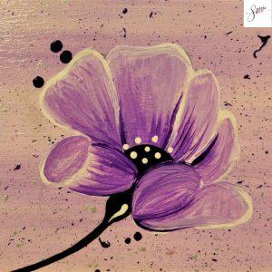 targhetta-in-legno-moderna-dipinta-a-mano-fiore-viola-13x13cm-dettaglio-v2