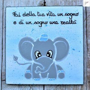 targhetta-legno-bomboniera-battesimo-elefantino-blu