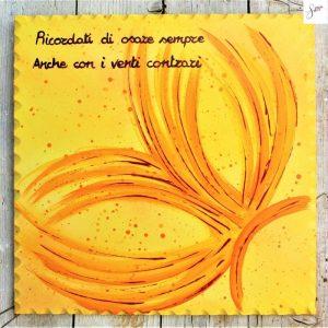 targhetta-legno-dipinta-a-mano-farfalla-gialla