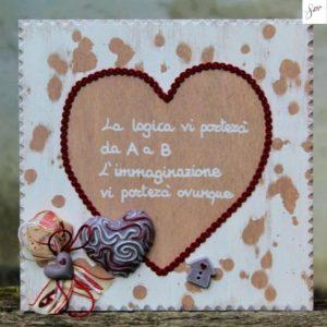 targhetta-legno-shabby-dipinta-a-mano-cuore-rosso3