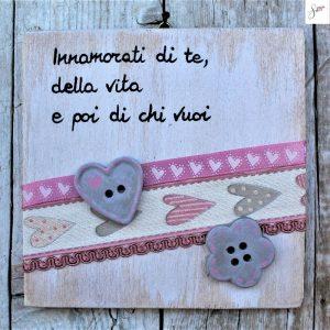 targhetta-shabby-legno-dipinta-a-mano-rosa3